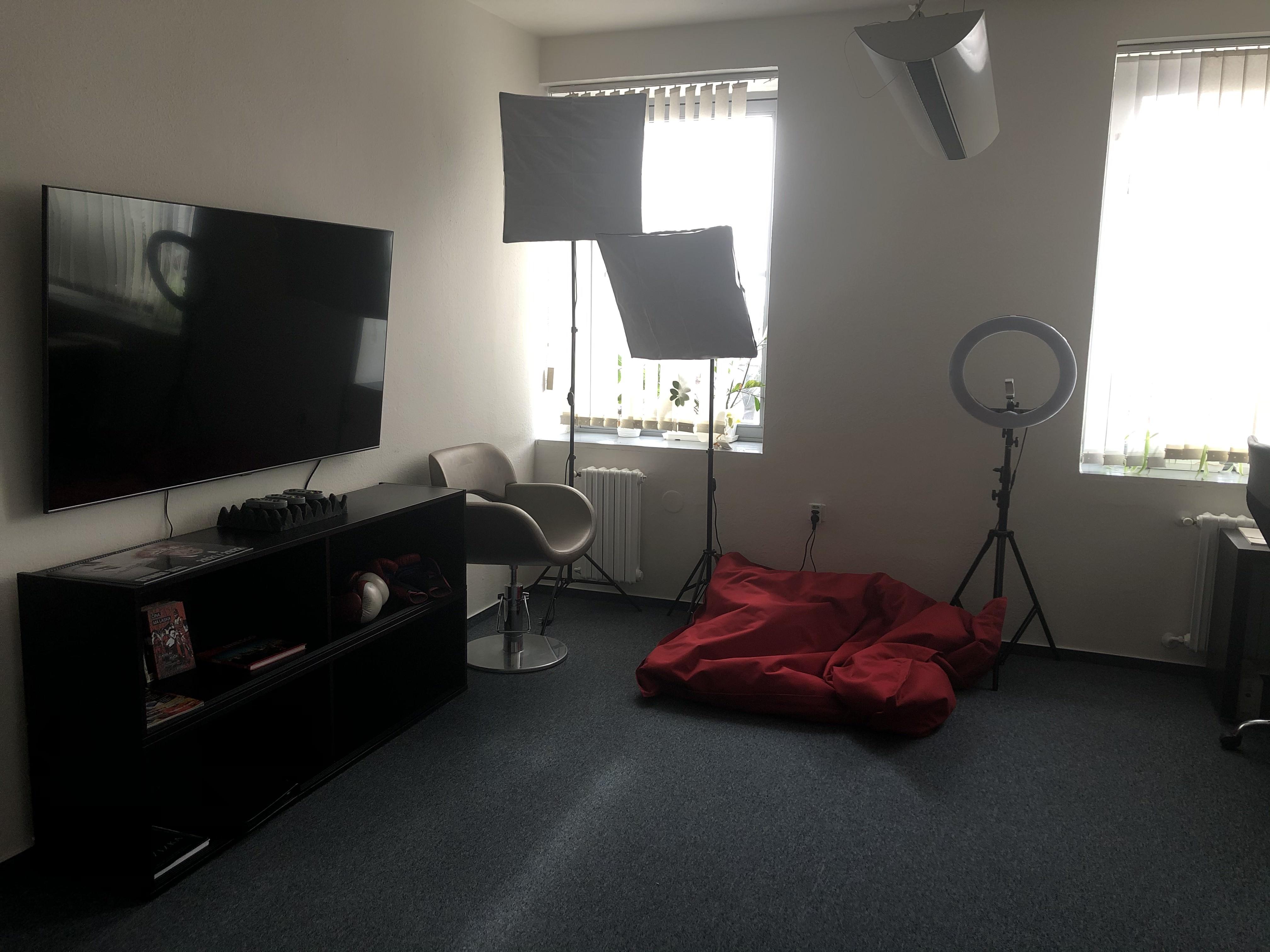 creative_room